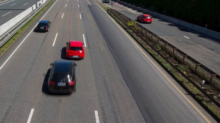 Abstandsmessung Autobahn - Bußgeldkatalog 2021 ...